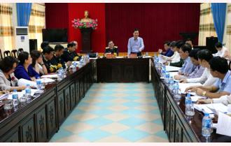 Thảo luận, thống nhất nội dung, chương trình phối hợp tuyên truyền Hội nghị ký kết tuyên truyền biển, đảo giữa Tỉnh ủy Yên Bái và Đảng ủy Quân chủng Hải quân