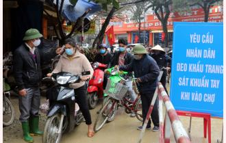 Yên Bái: Cổng chợ