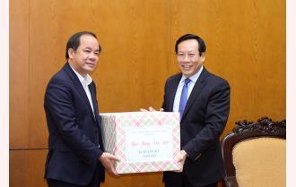 Phó Bí thư Thường trực Tỉnh ủy Tạ Văn Long chúc Tết Kiểm toán Nhà nước Khu vực VII