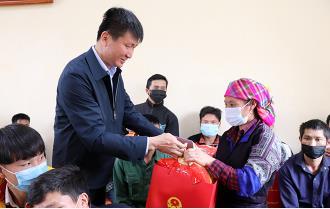 Yên Bái: Tết  ấm cho người nghèo