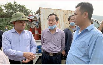 """Yên Bái: Xử lý triệt để tình trạng """"phá rào"""" kinh doanh trên cao tốc Nội Bài – Lào Cai"""