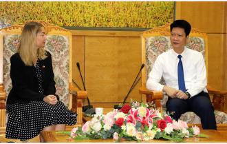Phó Chủ tịch Thường trực UBND tỉnh Nguyễn Thế Phước tiếp Phó Đại sứ Ireland