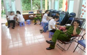 Tỉnh đoàn Yên Bái tổ chức hiến máu tình nguyện