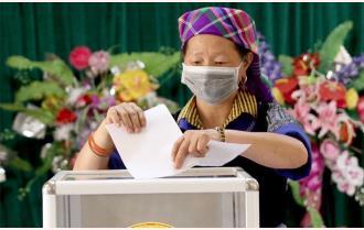 Yên Bái: Đến 11h, trên 81% cử tri toàn tỉnh đã đi bỏ phiếu