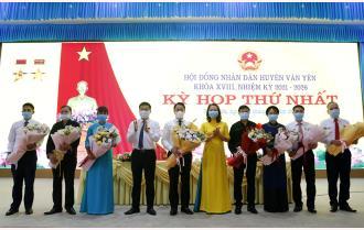 Văn Yên: Bí thư Huyện ủy Luyện Hữu Chung được bầu giữ chức Chủ tịch HĐND huyện khóa XVIII