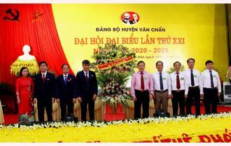 Khai mạc Đại hội đại biểu Đảng bộ huyện  Văn Chấn lần thứ XXI, nhiệm kỳ 2020 - 2025