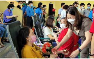"""Yên Bái: Tiếp nhận 350 đơn vị máu trong chương trình """"Hành trình đỏ"""""""