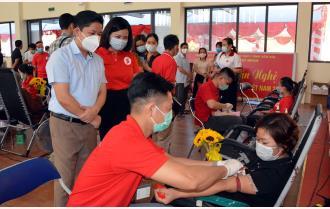 Thành phố Yên Bái: Trên 800 người tham gia hiến máu tình nguyện