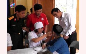 Khám, cấp thuốc miễn phí cho người cao tuổi và đối tượng chính sách