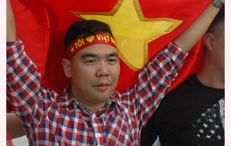 Người dân Yên Bái hết mình với Olympic Việt Nam