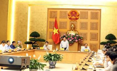 Phó Thủ tướng Phạm Bình Minh phát biểu tại Phiên họp
