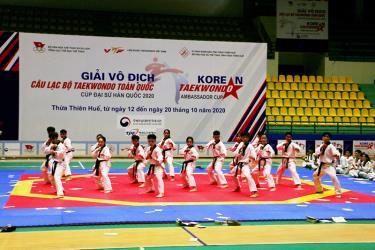 Lễ khai mạc Giải vô địch Câu lạc bộ Taekwondo toàn quốc năm 2020.