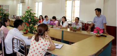 Câu lạc bộ giảng viên trẻ của Trường Chính trị tỉnh duy trì sinh hoạt thường xuyên, nâng cao nhận thức chính trị và trình độ chuyên môn, góp phần bảo vệ nền tảng tư tưởng của Đảng.