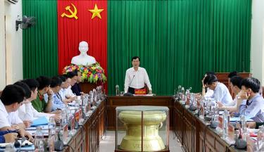 Đồng chí Nguyễn Minh Tuấn – Trưởng ban Tuyên giáo Tỉnh uỷ phát biểu kết luận tại buổi làm việc.