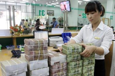 Hoạt động nghiệp vụ tại VietcomBanhk, chi nhánh Hà Nội.