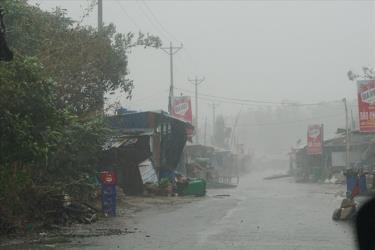 Bão số 9 gây thiệt hại lớn ở Quảng Ngãi về tài sản.