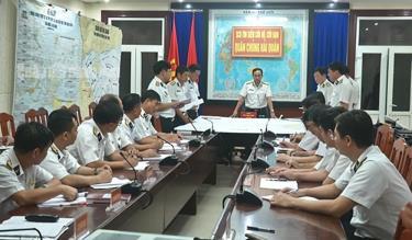 Quân chủng Hải quân đã thành lập Sở Chỉ huy phía trước, tìm kiếm cứu hộ, cứu nạn 3 tàu cá Bình Định gặp nạn trên biển.
