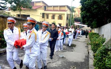 Huyện Văn Yên tổ chức quy tập, an táng hài cốt liệt sĩ tại Nghĩa trang Liệt sĩ huyện.