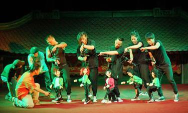 """Nhà hát Múa rối Thăng Long đang dàn dựng tiếp chương trình """"Thế giới của chúng em"""" số 7, 8, 9 hướng đến phục vụ khán giả nhỏ tuổi dịp Giáng sinh và đón năm mới 2022."""