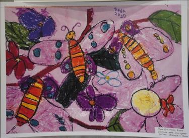 """Bức tranh """"Bướm - những bông hoa tự vận động"""" của cháu Trịnh Nhã Minh."""