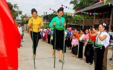 Người Thái vùng Mường Lò - Nghĩa Lộ bảo tồn được nhiều sinh hoạt văn hóa mang đậm bản sắc.