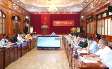 Quang cảnh Hội nghị trực tuyến tại điểm cầu tỉnh Yên Bái.