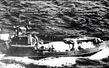Một trong những chiếc tàu không số chuyển vũ khí đạn dược vào Miền Nam trên đường Hồ Chí Minh trên biển. Ảnh tư liệu