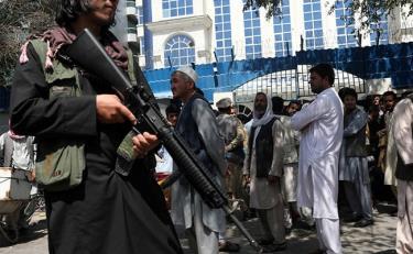 Taliban ca ngợi những kẻ đánh bom liều chết là