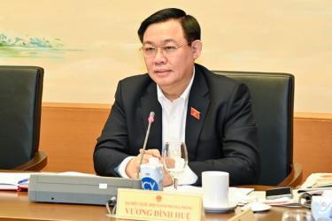 Chủ tịch Quốc hội Vương Đình Huệ đánh giá, trong năm nay các gói hỗ trợ về an sinh xã hội được làm rất tốt