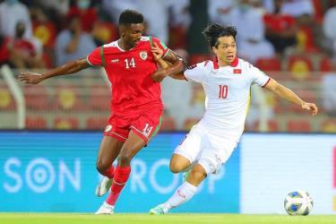 Đội tuyển Việt Nam tụt xuống thứ 98 thế giới.