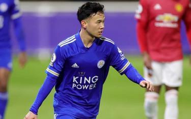 Suengchitthawon, đội trưởng U23 Thái Lan, trong màu áo U23 Leicester.