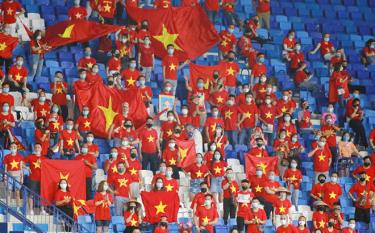 Khán giả vào sân xem tuyển Việt Nam trên sân Mỹ Đình sẽ phải thực hiện nghiêm quy định về phòng chống COVID-19.