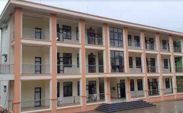 Công trình Trường Phổ thông Dân tộc bán trú Tiểu học Púng Luông, xã Púng Luông, huyện Mù Cang Chải hoàn thành trước 2 tháng.