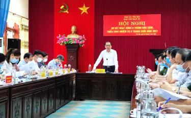 Đồng chí tạ Văn Long – Phó bí thư Thường trực Tỉnh ủy, phát biểu chỉ đạo tại Hội nghi triển khai công tác của Ban chỉ đạo 35 tỉnh Yên Bái.