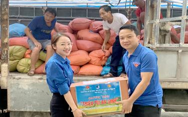 11 tonnes of goods will be transported to people in Ho Chi Minh City.
