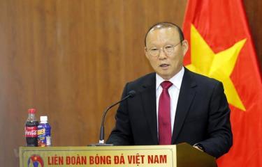 Huấn luyện viên Park Hang-seo gửi lời cảm ơn tới bầu Đức vì đã kết nối ông tới với bóng đá Việt Nam.
