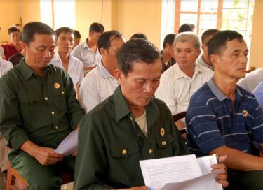 Hội viên CCB xã Lâm Giang, huyện Văn Yên quán triệt nghiêm túc các chủ trương của Đảng, chính sách, pháp luật của Nhà nước.