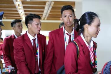 Các vận động viên đầu tiên của Đoàn Thể thao Việt Nam đến Manila chuẩn bị cho SEA Games 30.