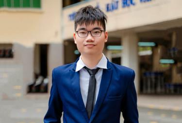 Nguyễn Mạc Nam Trung hồi còn học tại trường Phổ thông Năng khiếu. Ảnh: Nhân vật cung cấp.