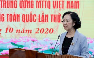 Đồng chí Trương Thị Mai kết luận hội nghị.