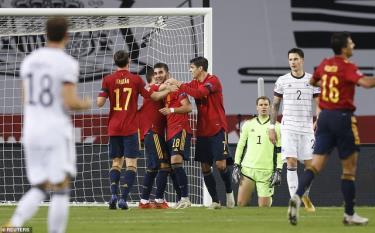 Tây Ban Nha gây tiếng vang lớn sau chiến thắng 6-0 trước Đức tại Sevilla