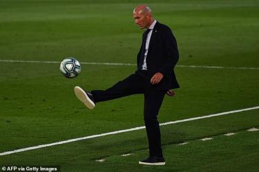 Tương lai của HLV ZIdane đang bị đặt dấu hỏi sau chuỗi trận tệ hại của Real Madrid