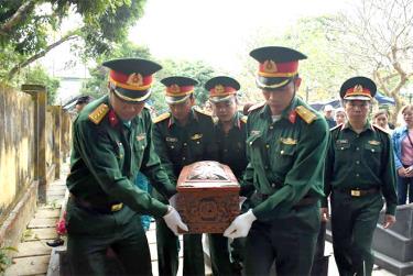 Lục Yên đón nhận và an táng hài cốt liệt sỹ Chu Xuân Cảnh.