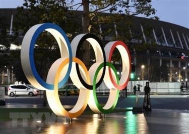 Vòng tròn Olympic được trưng bày tại sân vận động Quốc gia Tokyo, Nhật Bản.
