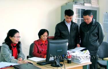 Lãnh đạo Thanh tra thành phố Yên Bái kiểm tra, rà soát việc tiếp nhận, giải quyết đơn khiếu nại, tố cáo của công dân.