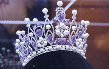 Chiếc vương miện danh giá dành cho tân Hoa hậu của cuộc thi 2019 mang tên Brave Heart - Trái tim dũng cảm.