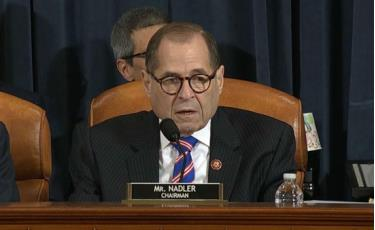 Chủ tịch Ủy ban Tư pháp Hạ viện Mỹ Jerry Nadler phát biểu tại phiên điều trần ngày 4/12.