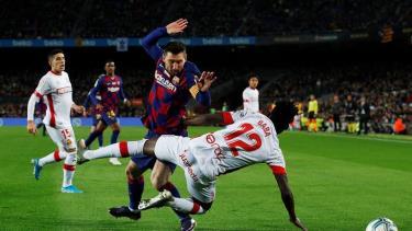 Messi với cú hat-trick đưa Barca đến chiến thắng 5-2 trước Mallorca.