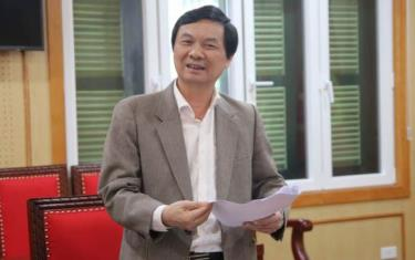 Ông Ngô Minh Tuấn, Tổng Biên tập Tạp chí Xây dựng Đảng, Trưởng ban Thư ký của Giải thông tin tại cuộc họp (Ảnh: Tạp chí Xây dựng Đảng)
