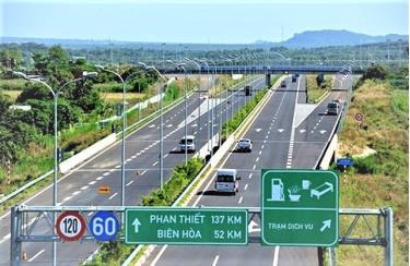 Dự án cao tốc Bắc - Nam phía Đông có 11 dự án thành phần sẽ tiến hành đấu giá lựa chọn nhà thầu BOT để triển khai.
